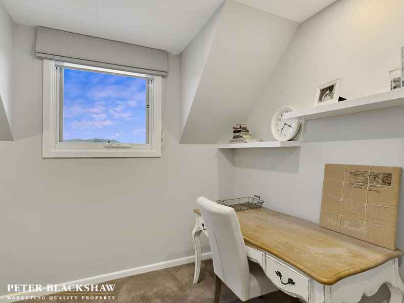 11 Willesee Rise Coombs