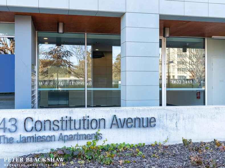 1/43 Constitution Avenue Reid
