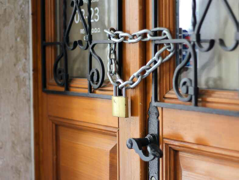 Home Security Hacks : 7 ways to keep your home safe