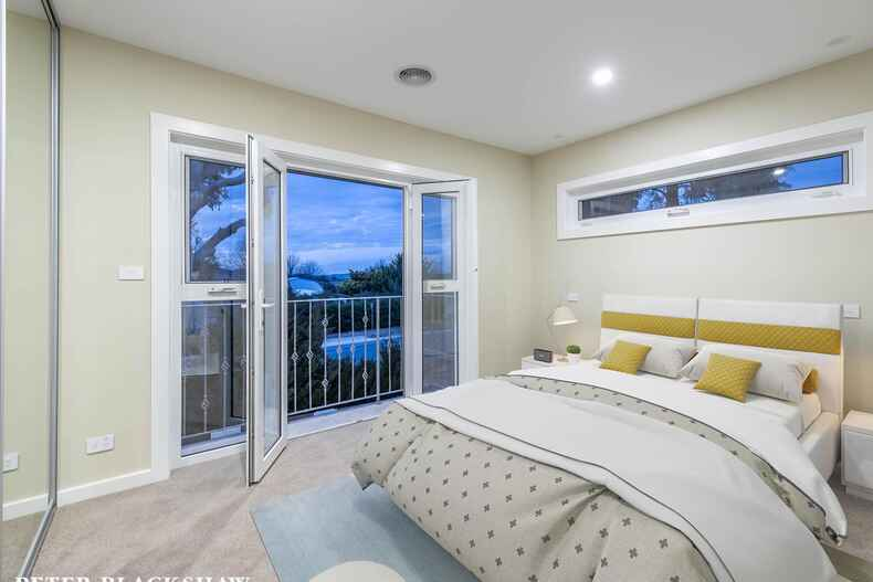 1/215 La Perouse Street Red Hill