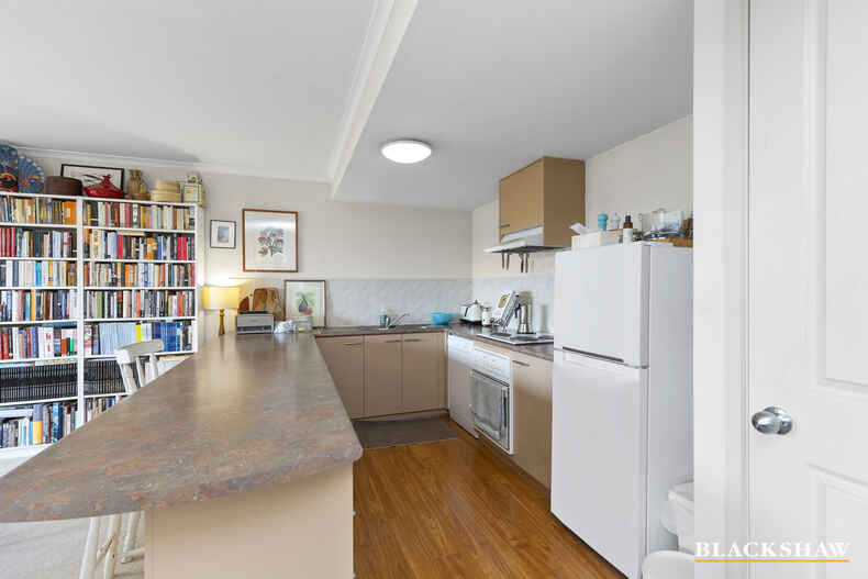10/9 Oxley Street Griffith