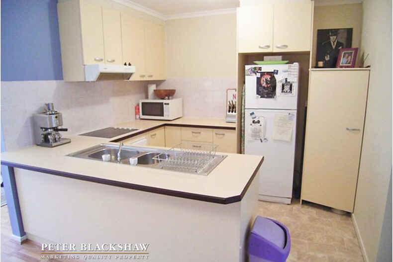 10/10 Ovens Street Griffith