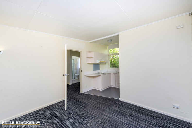 21/47 McMillan Crescent Griffith