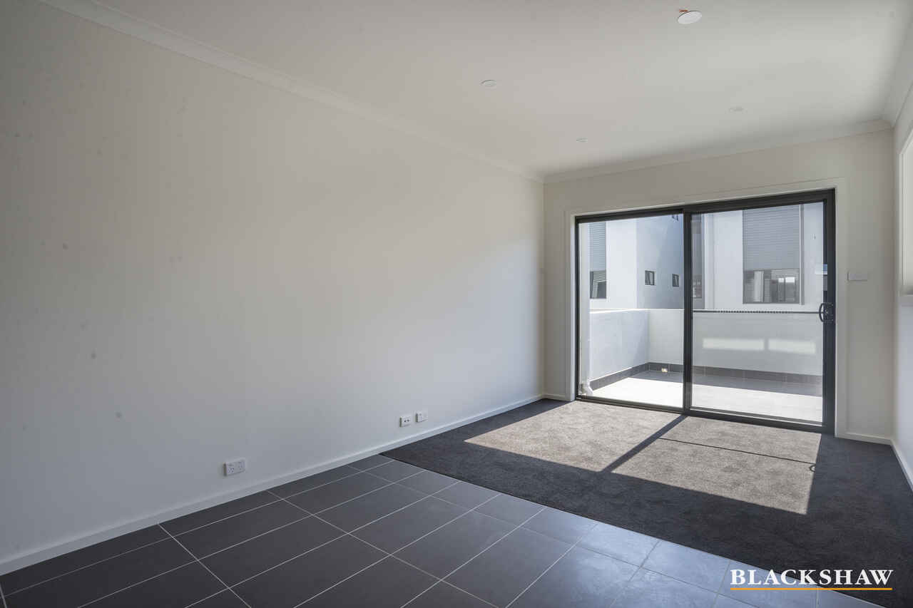 20/40 Henry Kendall Street Franklin