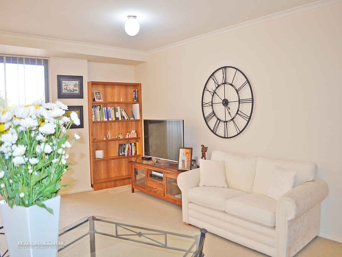 213/107 Canberra Avenue Griffith