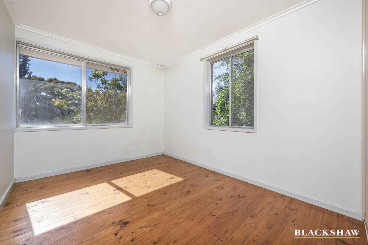 17  Clisby Close Cook