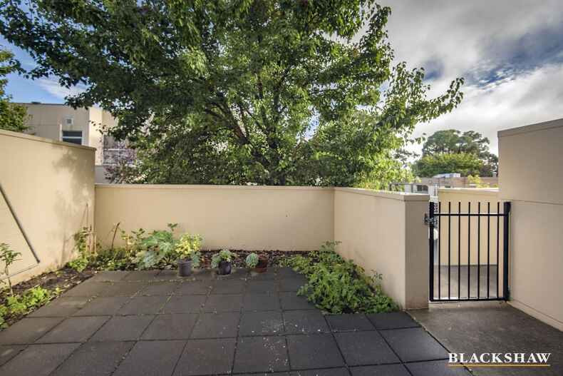 5/51 Blackwood Terrace Holder