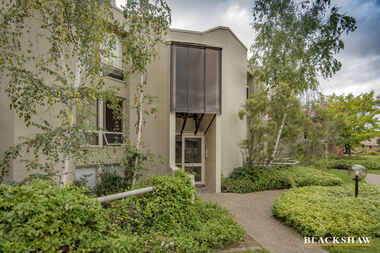 13/26 Macquarie Street Barton