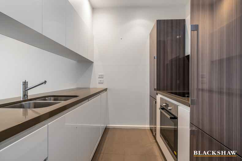 27/16 New South Wales Crescent Forrest
