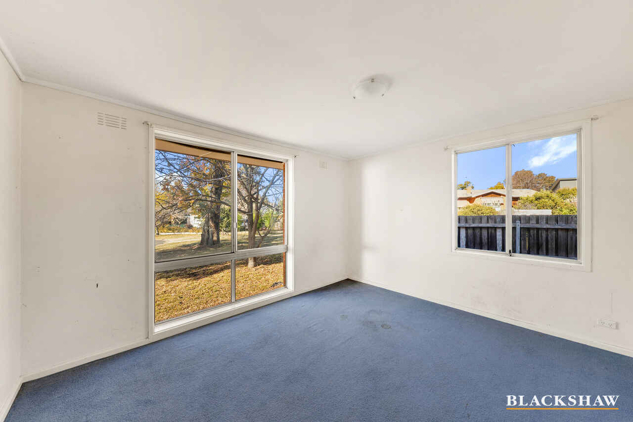 8 Shiers Place Scullin