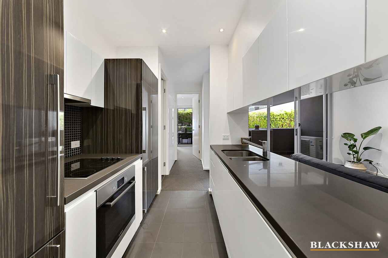 11/16 New South Wales Crescent Forrest