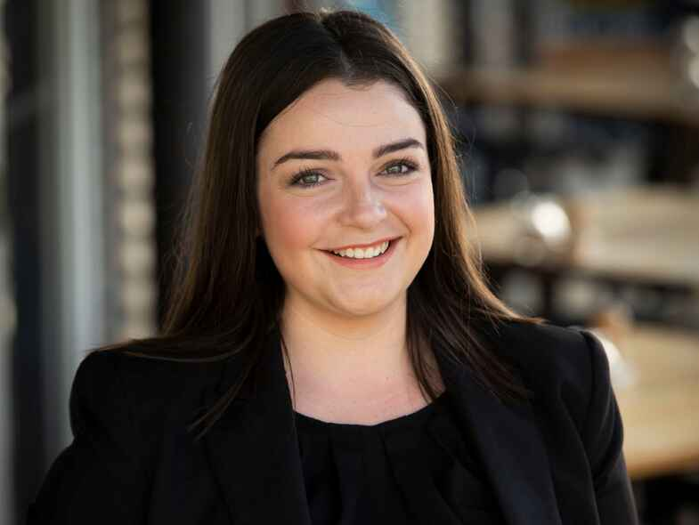Rising Star Jenna Dunley is Peter Blackshaw Real Estate's Newest Female Auctioneer
